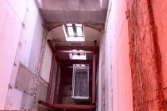 Stalen liftschacht (3)